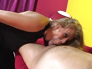 blonde woman obtains it up the ass..usb