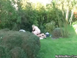 he copulates his gfs old woman outdoor