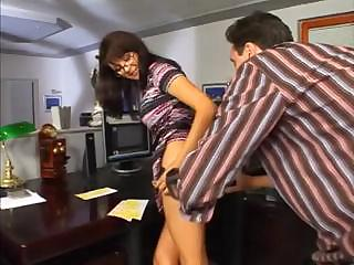 cougar bonnie into glasses obtains ass penetration