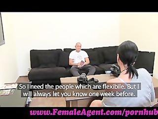 femaleagent. dont tell my chick