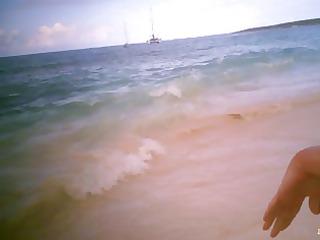 lady on seaside
