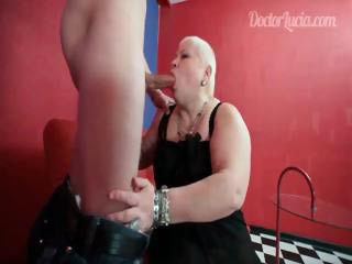 mature doctor licking amateur guy's huge penis
