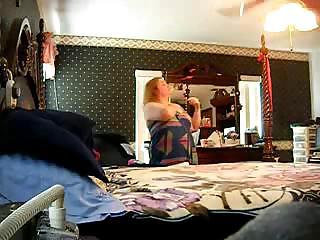 hidden cam of allies lady