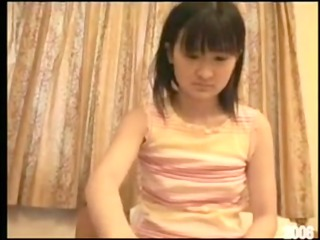japanese teenage momo - masturbation