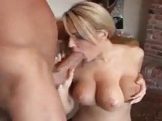 woman mit 3 titten wird gefickt