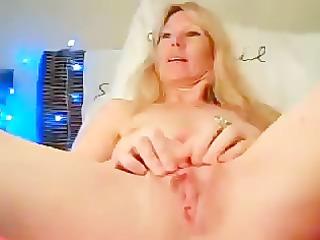 she pee on her bedstead