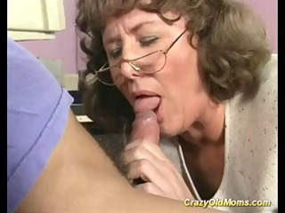 eager elderly mommy obtains unfathomable cunt