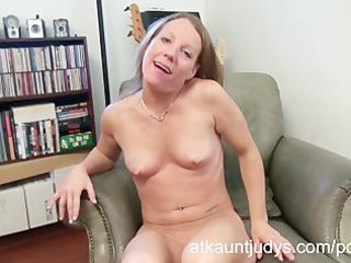 sexy grown-up alyssa dutch pleases