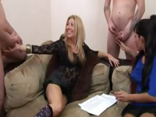 super naughty matures want to watch guys jacking