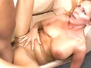 busty bleached momma gets her shaved nookie