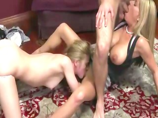fresh sucks out step mature babe who licks on her