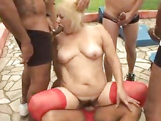 grown-up elderly blonde vanessa fuck public pierce