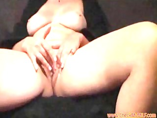 solo mother id enjoy to fuck from checkmymilf.com