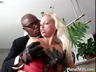 horny albino kitty gang-banged cougar chick