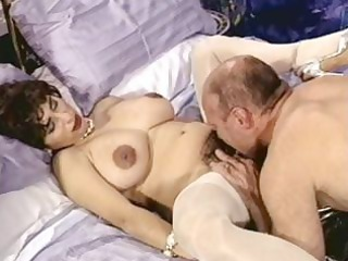 horny brunette cougar with hairy vagina trades