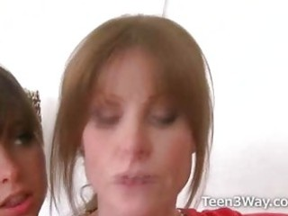 amateur shares her friend with a cougar chick as