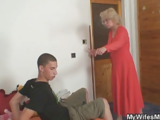 maiden finds him cheating and gets wild