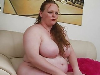 blonde giant red-haired momma uses her amateur