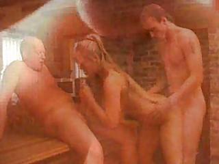 italian lady obtains double penetraction