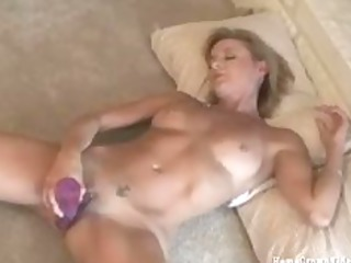 my gorgeous housewife doing labor her juicy light