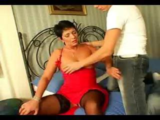 cougar 49 yo brunette trades head and gets