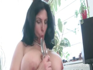 busty mature bbw tries sex devices in shaggy pussy