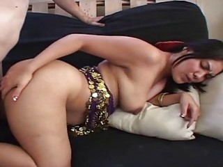 indian lady bends over and gets uneasy doggystyle