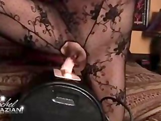 rachel aziani has a mad orgasm thanks to the