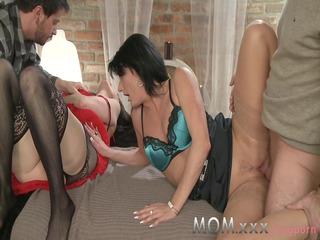 mom mature swingers get turns