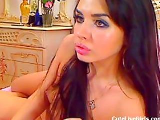 lovely brunette gives a sensual solo2.flv