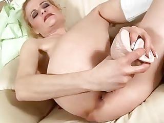 cougar blond fucks porn vibrator