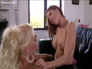 hot girlfriends sindrome erika addison and cindy