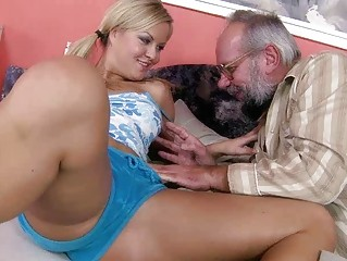 inexperienced bleached enjoying fuck with grandpa