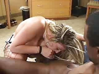 blonde lady with phat booty own fuked by dark guy