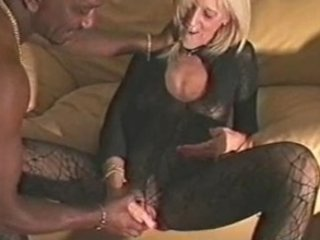 mature lady banged by black guy