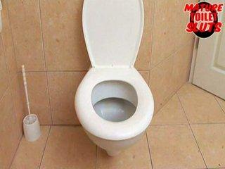 grown-up toilet sluts-jutka
