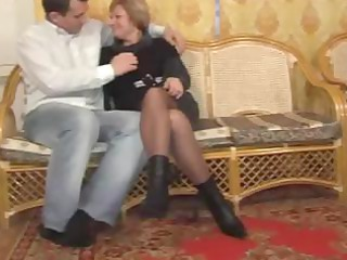 cougar babes like it when they can get a uneasy
