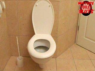 grown-up toilet sluts-rivanna