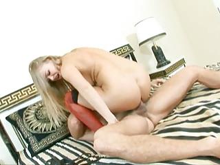 big lady boobies 19