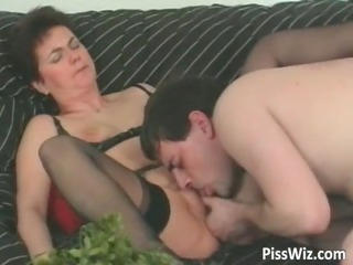 ancient slut sucks dick and own pissed