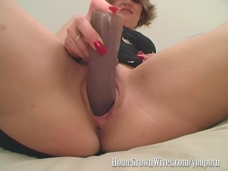 homegrownwives girl inserts extreme size fuck