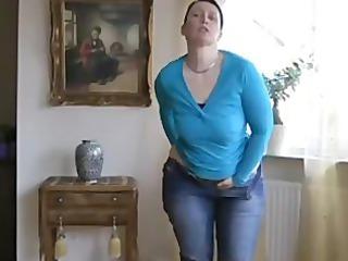 big ass housewife