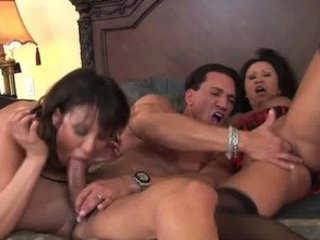 woman acquiring mad with hard meat