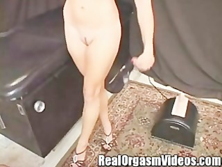 delightful college chick cums riding the sybian