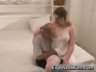 mother having on nylons penetrated