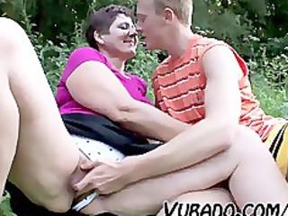 babe and teenager enjoy al fresco sex