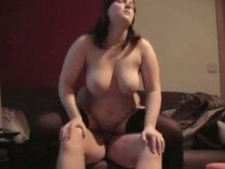 chubby housewife having fuck with fucker
