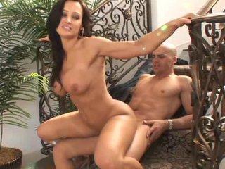 lara amanda the cheating slutty maiden