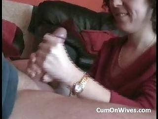 wifey gives me handjob