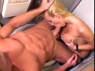 bisexual porn into the plane - mile high